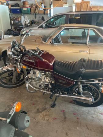 Photo 1979 Honda CX500 - $2,200 (La Mesa casa de oro)