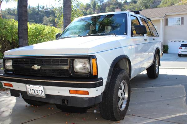 Photo 1991 Chevy Blazer S10 4x4 - $4,500 (Escondido)
