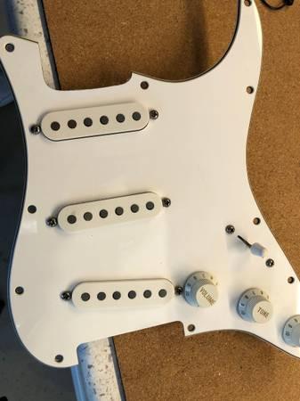 Photo 1997 Fender American Standard stratocaster Delta Tone pickguard comple - $120 (Spring Valley)