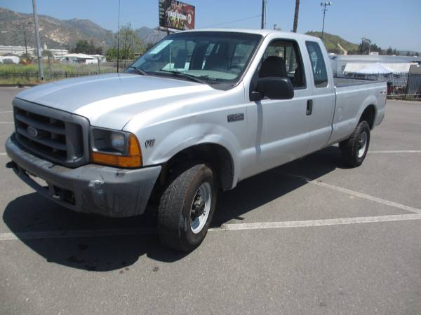 Photo 1999 Ford F250 4x4 Truck 87,000 Original Miles - $6,300 (San Diego)