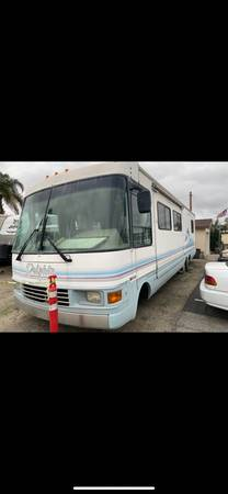 Photo 1999 National RV Dolphin 5350 36f Motorhome only 80k miles - $9,500 (Vista)