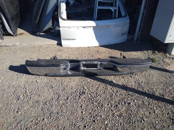 Photo 1999 - 2006 chevy silverado rear bumper (San diego)