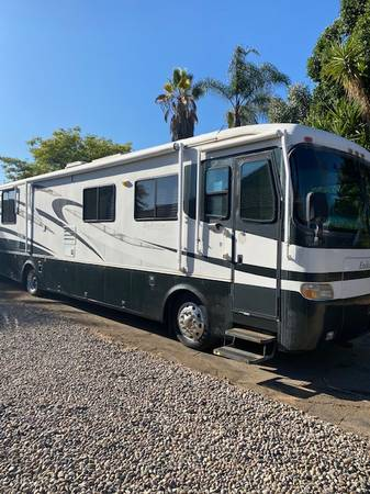 Photo 2001 Holiday Rambler Endeavor - $35,000 (Blossom Valley)