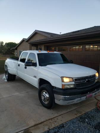 Photo 2005 chevy 3500 dually 6.6 duramax diesel crew cab longbed - $10900 (Jamul)
