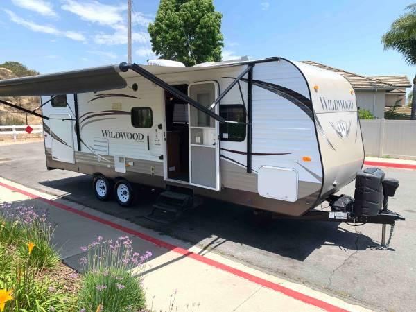 Photo 2014 Forest River Wildwood T26TBSS - $24,000 (Rancho Bernardo)