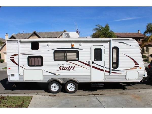 Photo 2014 Jayco Jay Flight 2339 Rental Trailer RV, Sleeps 6 Great Layout - $100 (Poway)