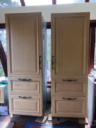 Photo 2 Sub Zero refrigerators and 2 Miele dishwashers