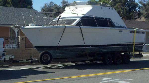 Photo 30 ft boat sportfisher with trailer - $8,500 (lemon grove)