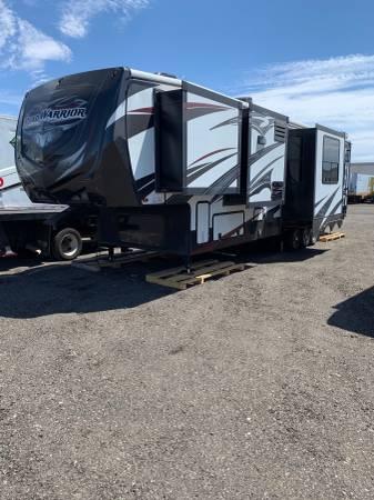 Photo 3915 Heartland Road Warrior 390 - $44,500 (Tolleson, AZ)