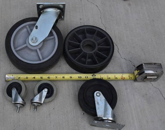 Photo 3quot - 8quot heavy duty swivel coasters - $1 (Rancho Bernardo)