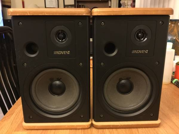 Photo Advent Vintage Speakers. Model Mini Advent. - $49 (Mira Mesa blvd)