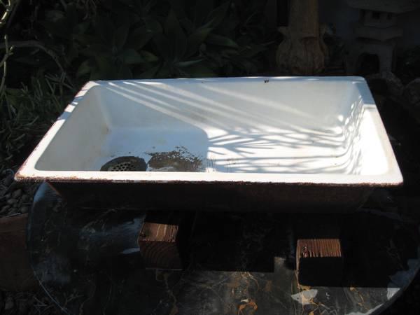 Photo Antique Cast Iron Utility Sink-wCharacter-Art StudioWorkshop - $125 (sdbay-ho)