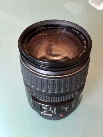 Photo Canon 28-135mm F3.5-5.6 Lens - Image Stabilized - $160 (Solana Beach)