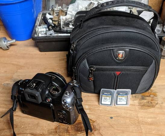 Photo Canon PowerShot SX10IS Camera - $80 (Rancho Bernardo)
