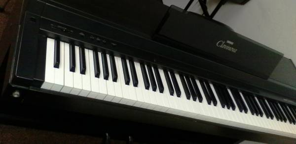 Photo Clavinova CLP-50 Digital Piano by Yamaha (Made in Japan) - $350 (La Mesa)