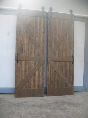 Photo Custom Made Wood Sliding Barn Doors-w Hardware - $345 (sdbay-ho)
