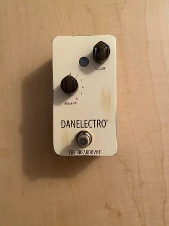 Photo Danelectro The Breakdown overdrive pedal - $60 (Vista)