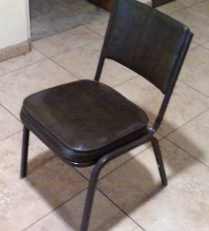 Photo Dark Brown Vinyl Padded Stackable Chair (6 available, $60 for all) - $15 (San Diego)