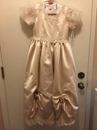 Photo Flower Girl Dress - $45 (Rancho Bernardo)