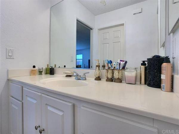 Photo Fully furnishedCondo (1 BED 1 BATH) (EL CAJON, CA)