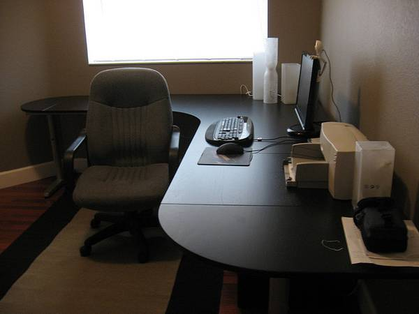 Photo Galant Ikea Black L-Shaped Corner Desks (OptionsLegs are Available) - $160 (Miramar)