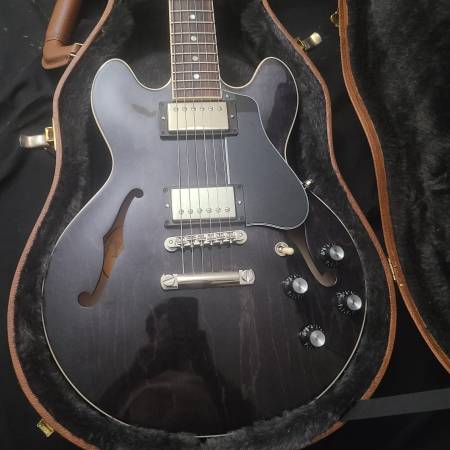 Photo Gibson ES-339 semi hollow body - $1,800 (Santee)