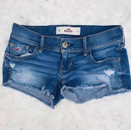Photo Hollister Short Jeans-waist23 size 00 - $13 (Rancho Bernardo)
