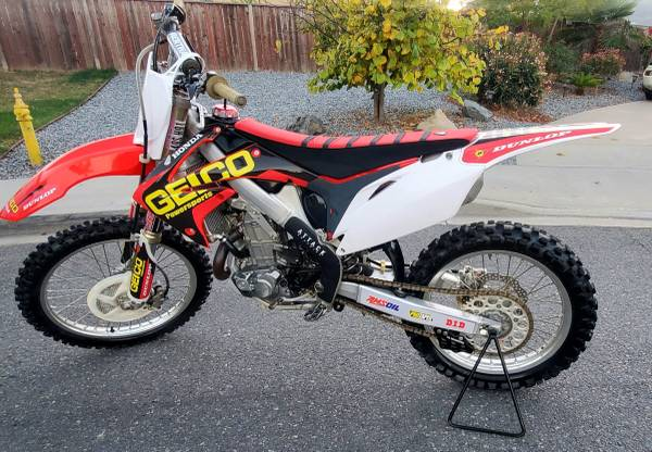 Photo Honda CRF 450 Fuel Injected Motivated to sell (obo)