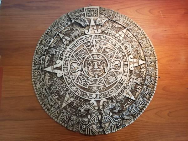 Photo MAYAN AZTEC WALL CALENDAR Sculptural wall relief plaque 17quot - $35 (Rancho Bernardo)