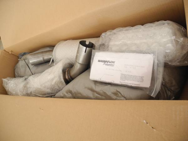 Photo Magnaflow Competition Axle Back Exhaust 05-09 Ford Mustang GT GT500 - $420 (Bonsall)