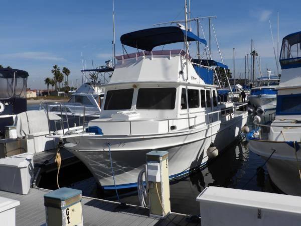 Photo (NEW LISTING) 4239 Californian LRC Very Clean Go Anywhere Cruiser - $81,500 (CFB Marine San Diego)