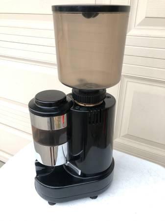 Photo Nuova Simonelli RR45 made in Italy commercial espresso coffee grinder - $299 (Escondido)