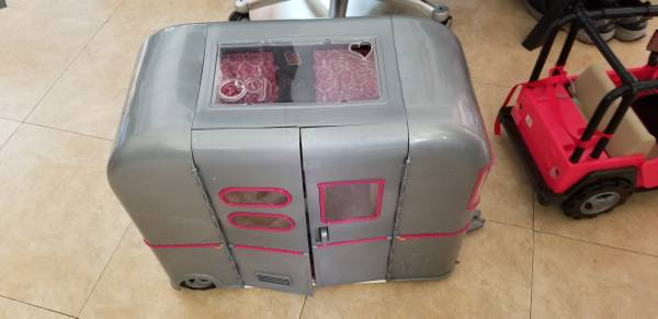 Photo Our Generation RV Seeing You Cer (American Doll Cer) - $50 (Carlsbad)