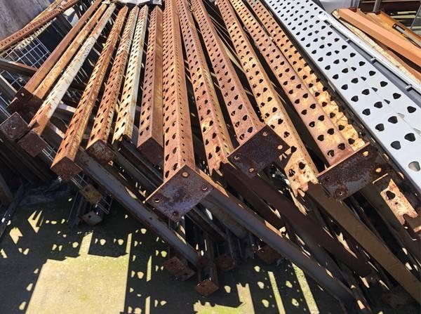Photo Pallet Racking Uprights and Load Beams in El Cajon - $20 (El Cajon)