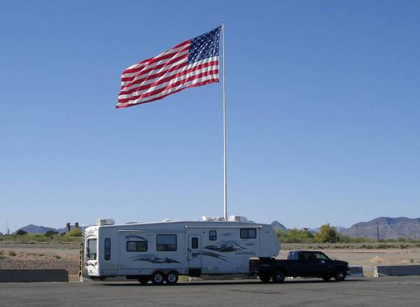 Photo RV PACKAGE DEAL Jayco 5th Wheel  Chevy LS Diesel Dually - $36,000 - $36,000 (Riverside County)