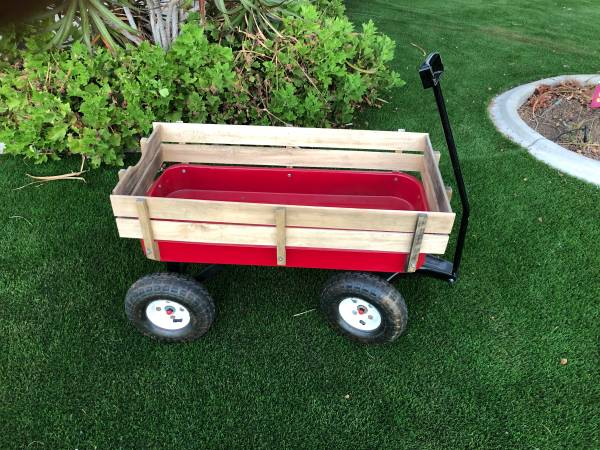 Photo Red wagon - $50