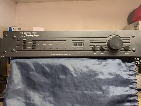 Photo SOUNDCRAFTSMEN PRO CONTROL 3 PRE AMP - $225 (Clairemont)