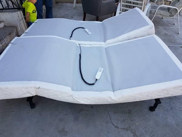 Photo Select Comfort Sleep Number Split King Flexfit Adjustable Bases - $150 (San Diego)