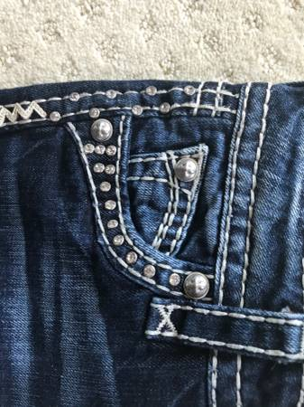 Photo Size 0024 inch waist - Rock Revival Jeans like new - $65 (Carlsbad)