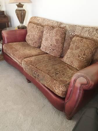Photo Sofa, Love Seat, Table - $200 (Rancho Bernardo)