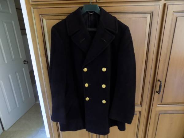 Photo US Navy Officer Pea Coat in Excellent Condition - $97 (Escondido, CA)
