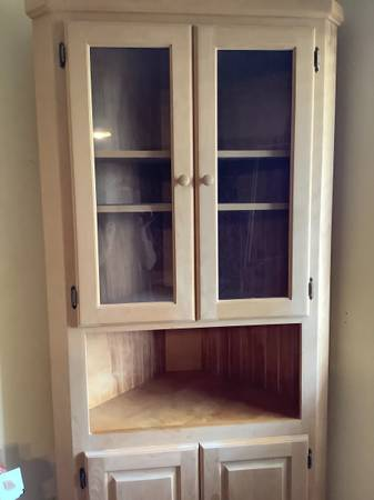 Photo Unfinished corner cabinet - $150 (Escondido)