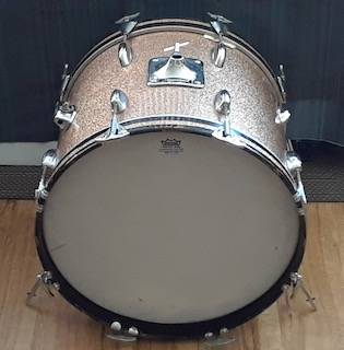 Photo Vintage 197039s Slingerland Chagne Sparkle 18 inch Bass Drum - $330 (San Diego)