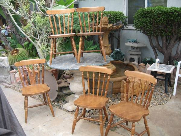 Photo Vintage Colonial Maple Dining Chairs-Set Of 5 - $265 (sdbay-ho)