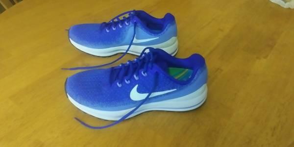 Photo Womens Nike Air Zoom Vomero 13 Blue Running Shoes - $35 (Tierrasanta)