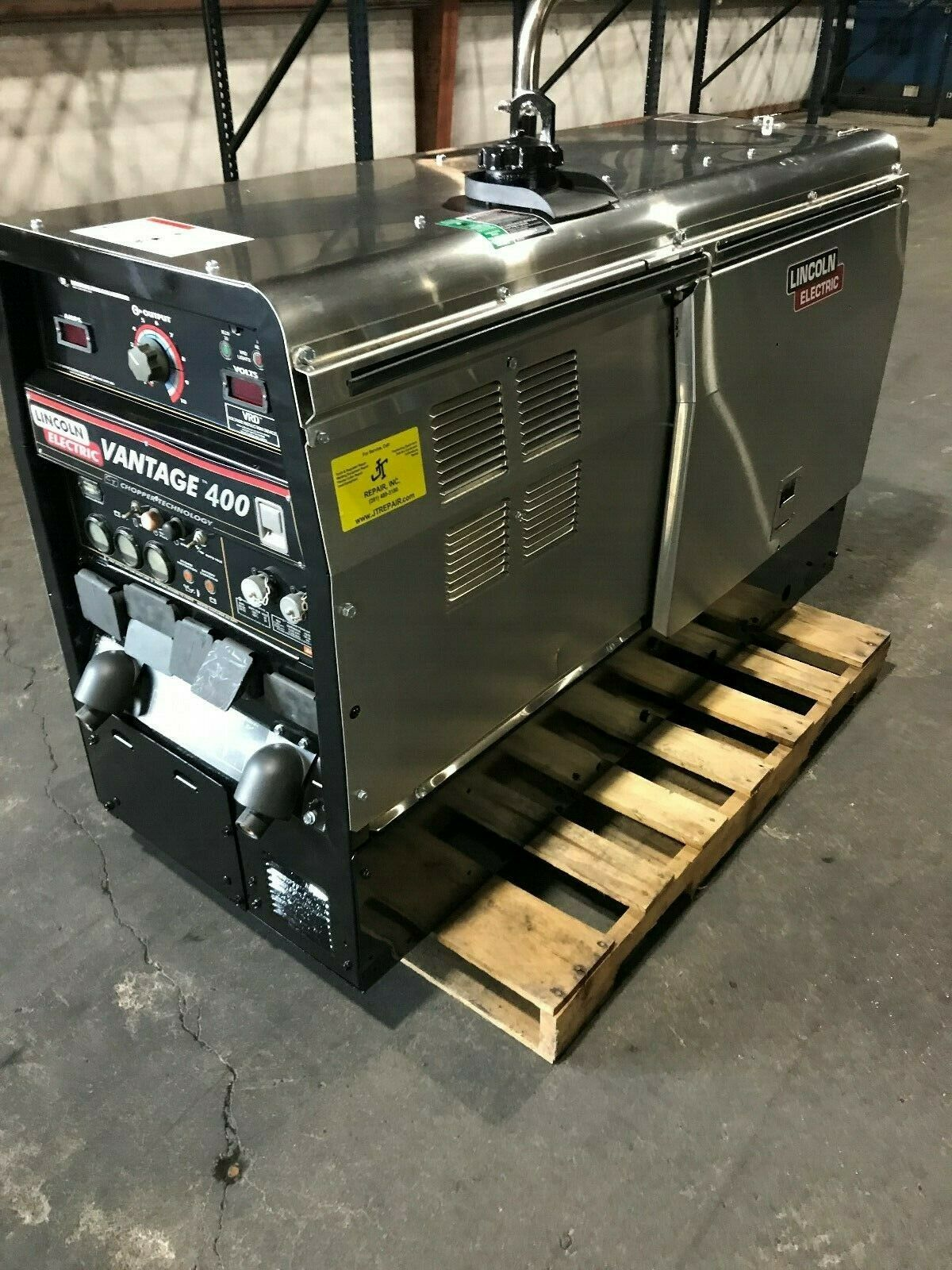 Photo LINCOLN VANTAGE 400 WELDER  DIESEL WELDING MACHINE
