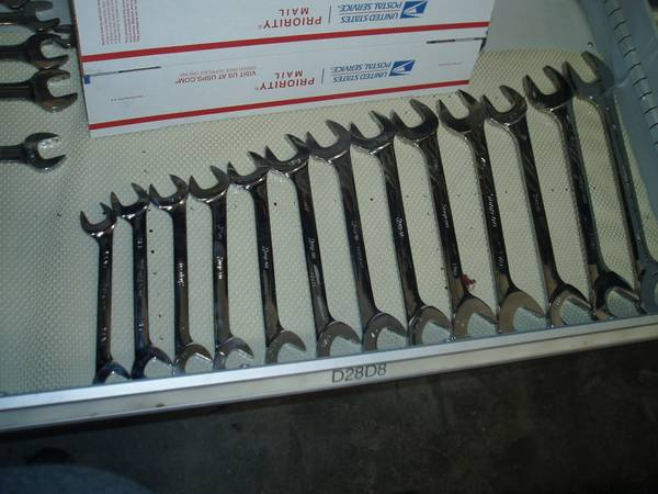Photo snap on SAE Four-Way Angle Head Open-End Wrench set - $950 (national city)