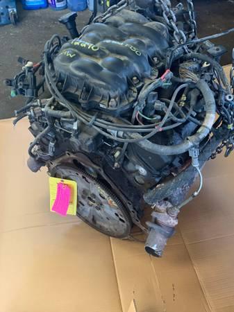Photo 2001 2002 2003 F150 4.2 Engine - $250 (MILAN)