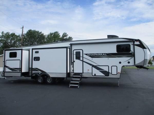 Photo 2021 Coachmen Chaparral 367BH bunk 5th wheel - $59,995 (Fremont)