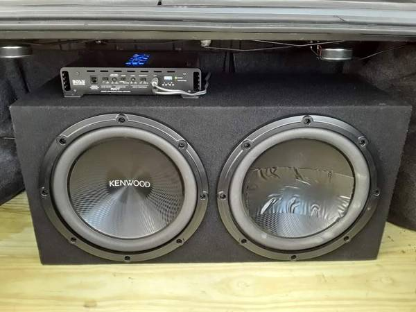Photo 2-12 Kenwood subwoofers in sealed box with Boss  and Crossover - $200 (Sandusky)
